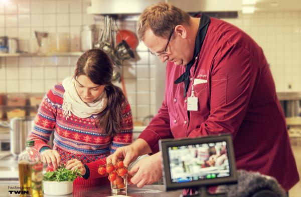 Küche mit Chefkoch Karl Wagner